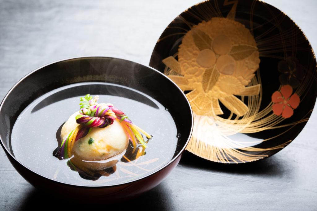煮物椀「薬玉」 │ Tsukumo 白 西原 理人│新作料理へのアプローチ