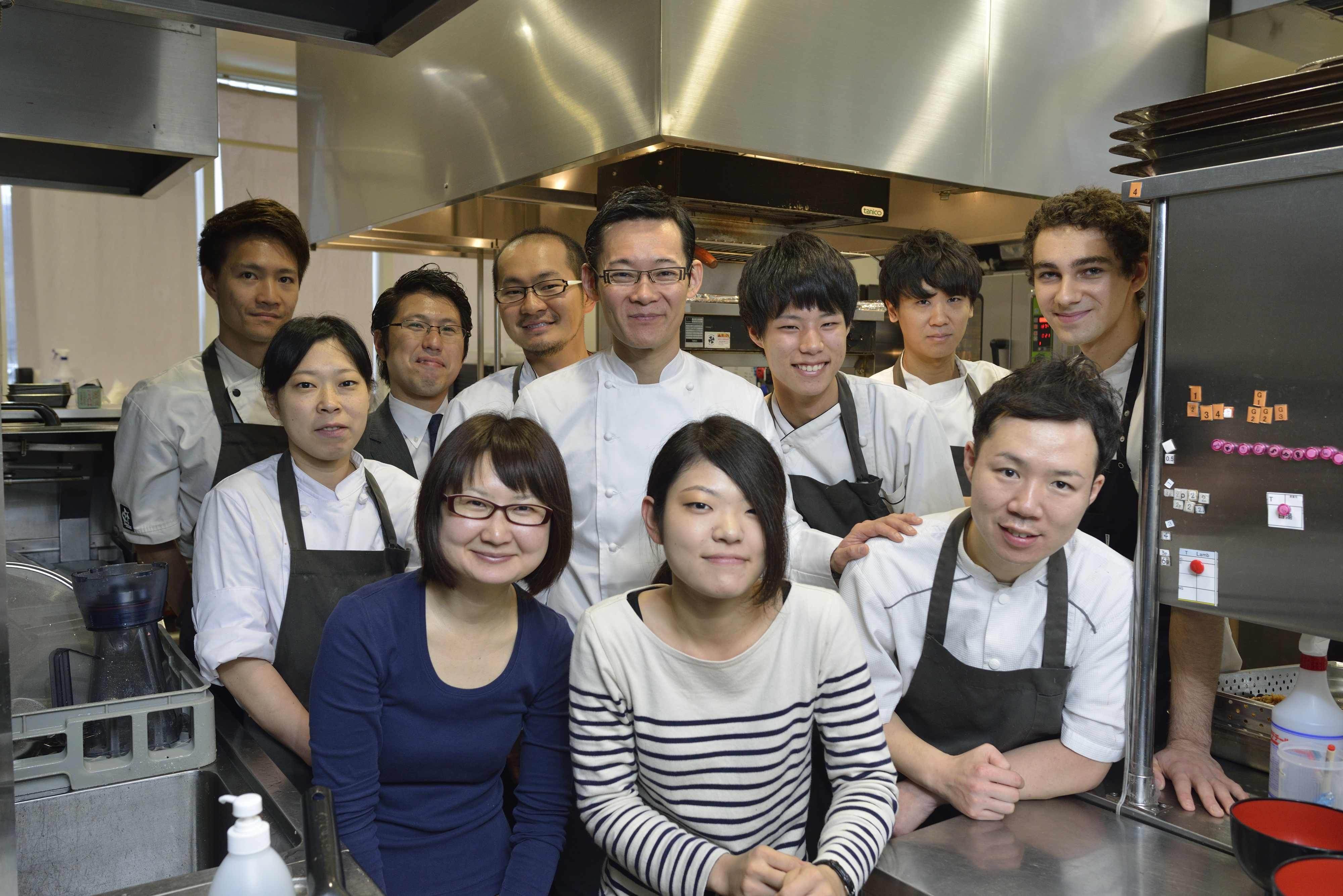 Restaurant HAJIME Hajime Yoneda & staff