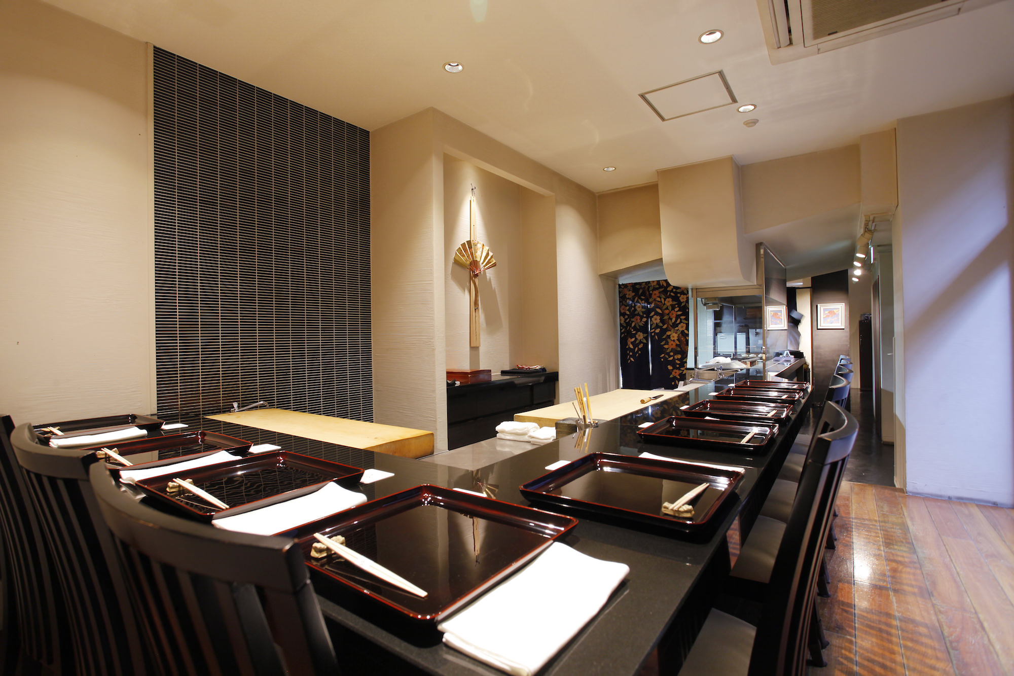 Japanese Cuisin Seizan counter table
