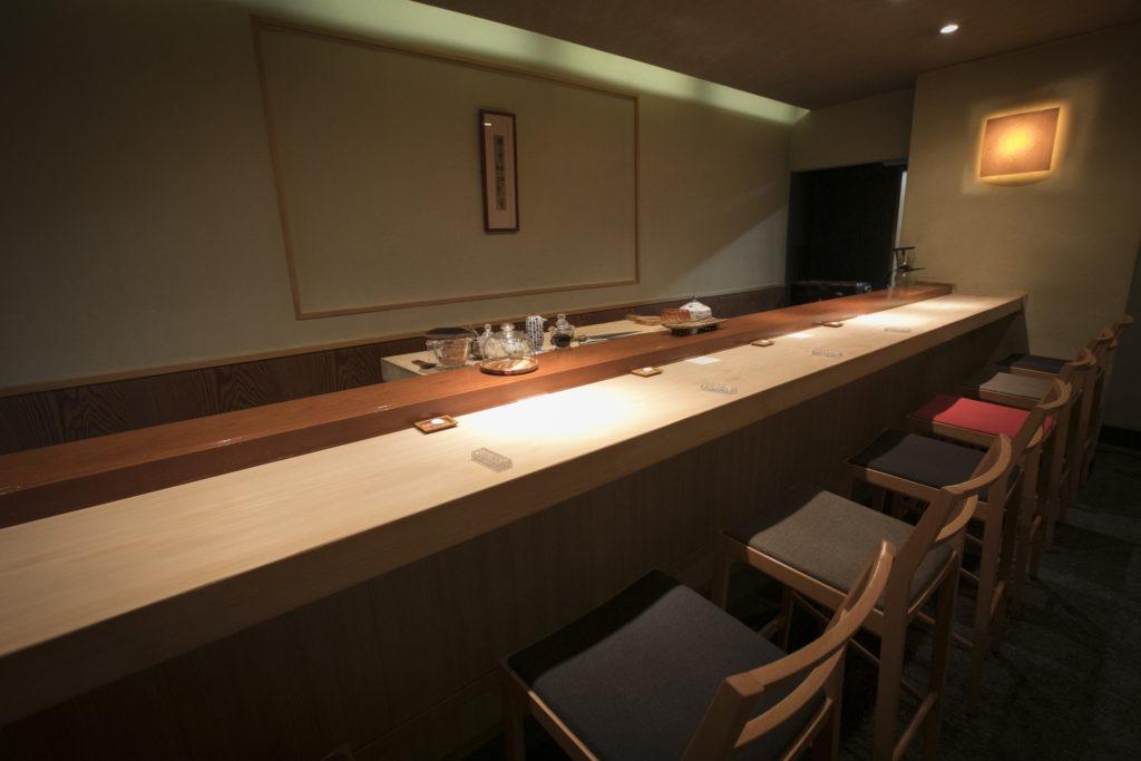 Sushiyoshi interior