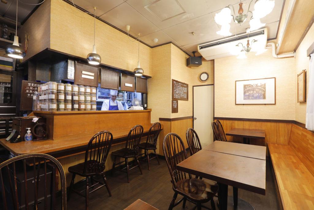 European curry & stew specialty restaurant Tomato interior