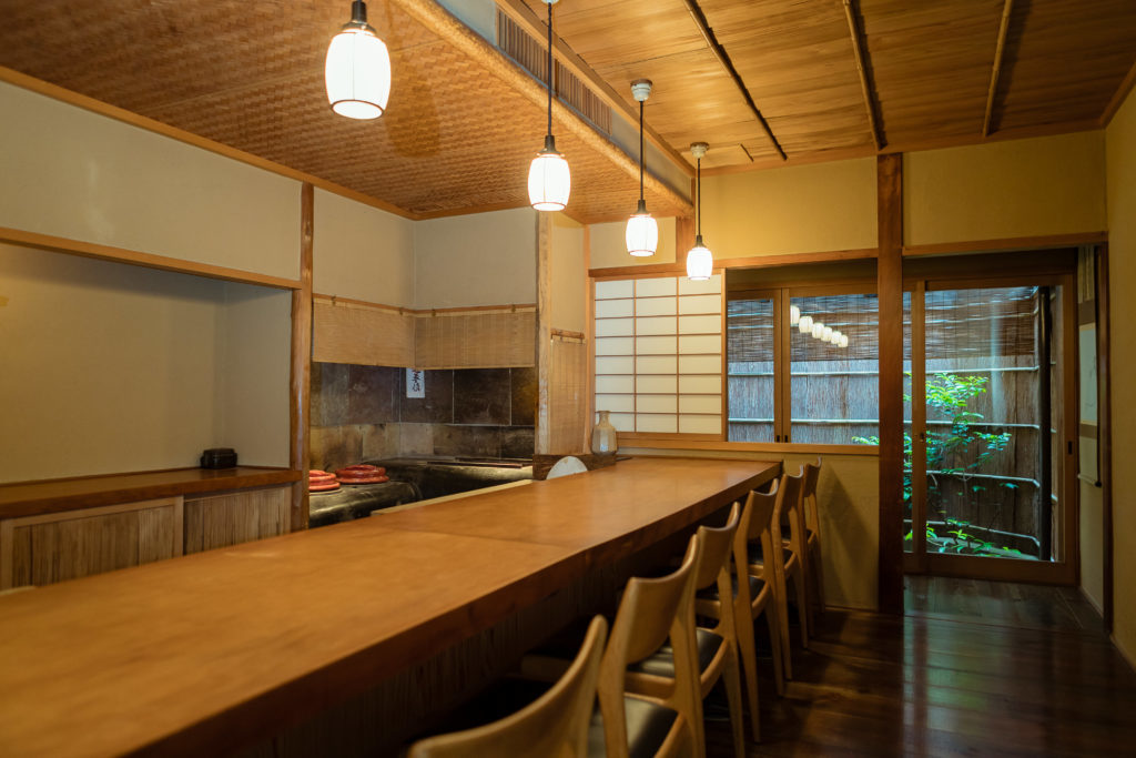 Gion Owatari interior