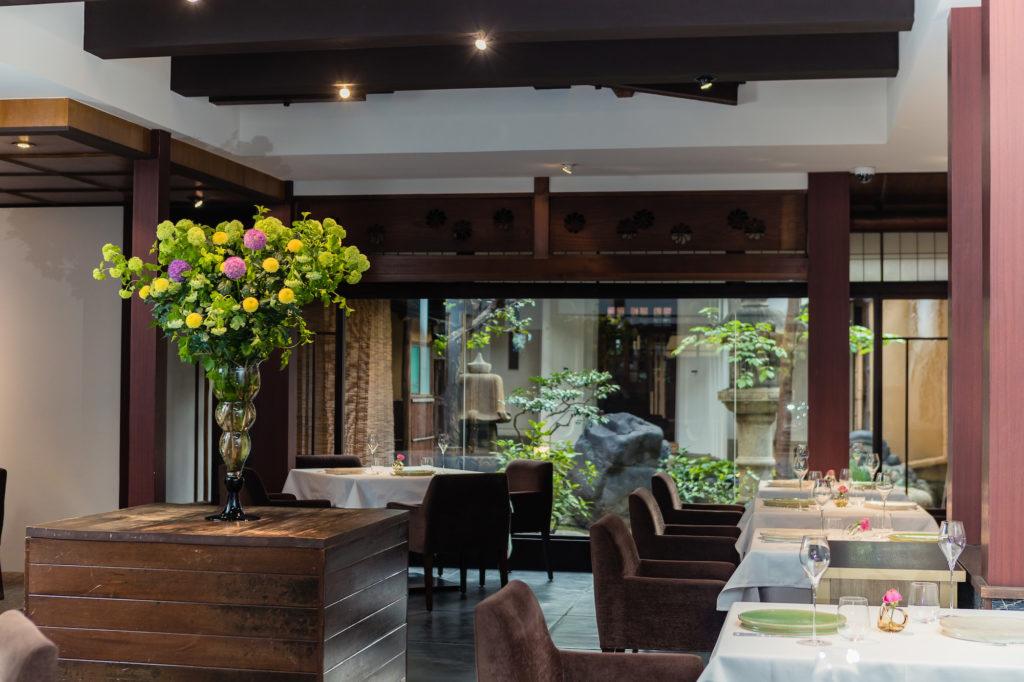 Restaurant MOTOI interior