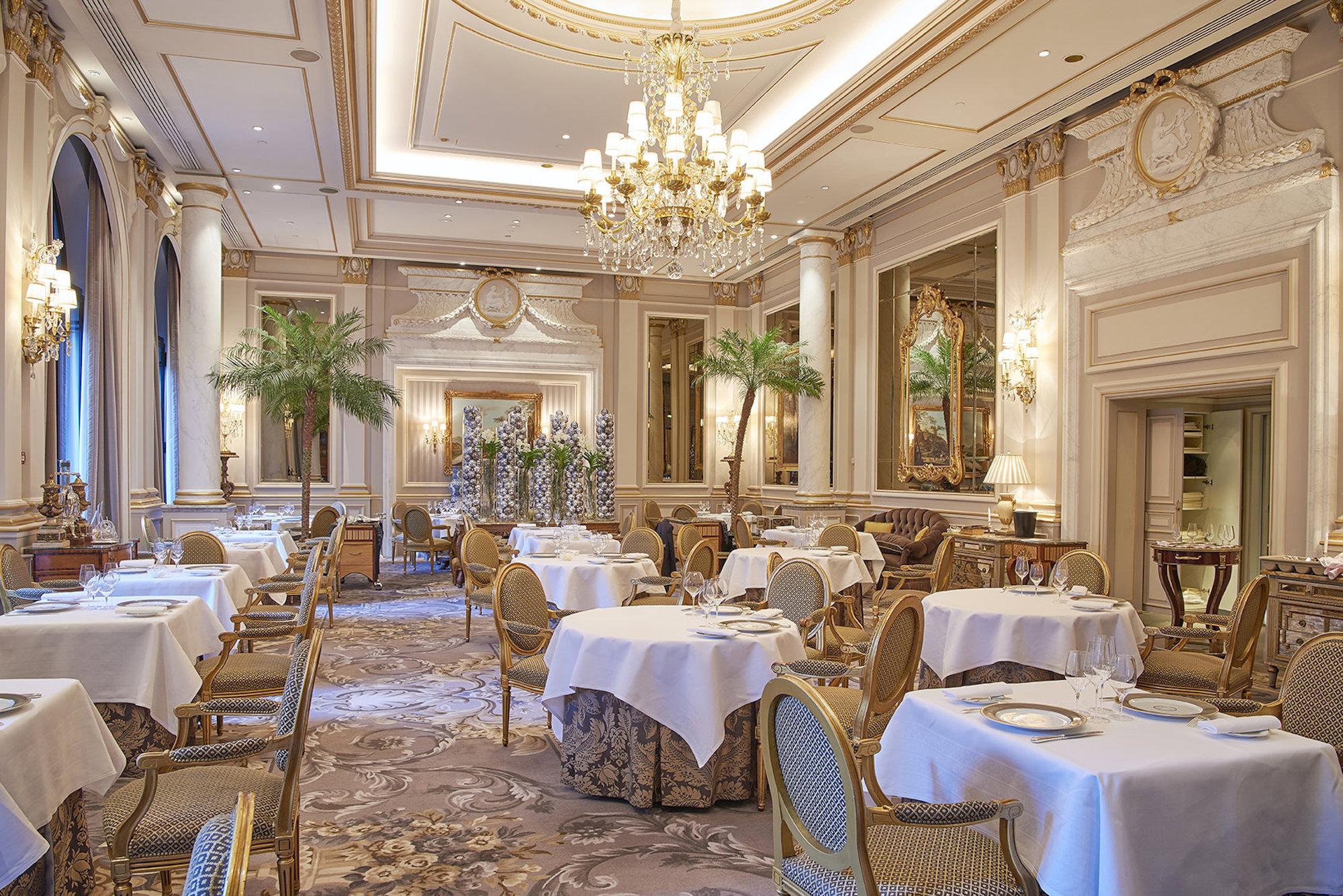 Christian Le Squer Restaurant Le Cinq(レストラン ルサンク)内観