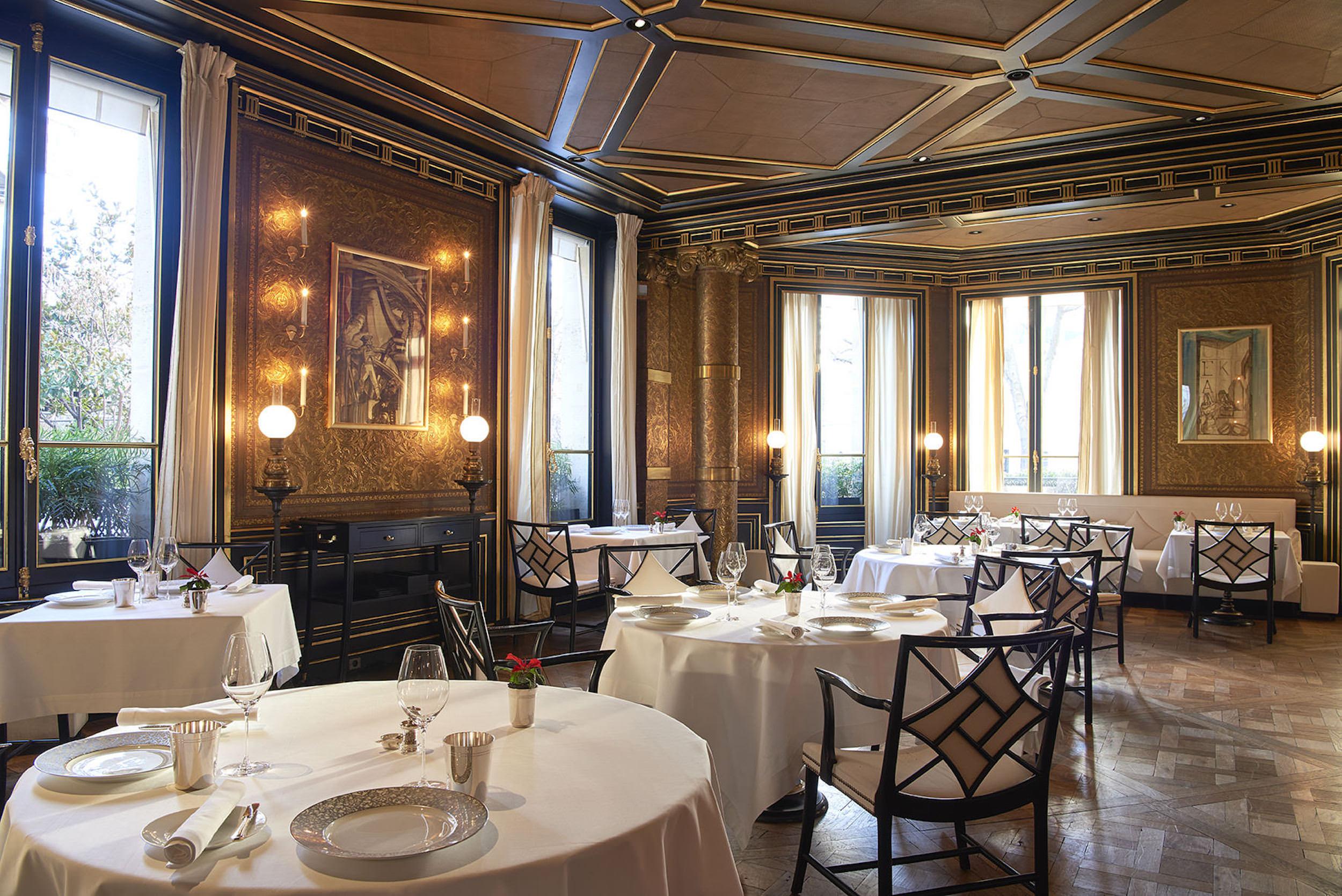 Restaurant Le Gabriel, La Réserve Paris(レストラン・ラ・レゼルヴ)内観