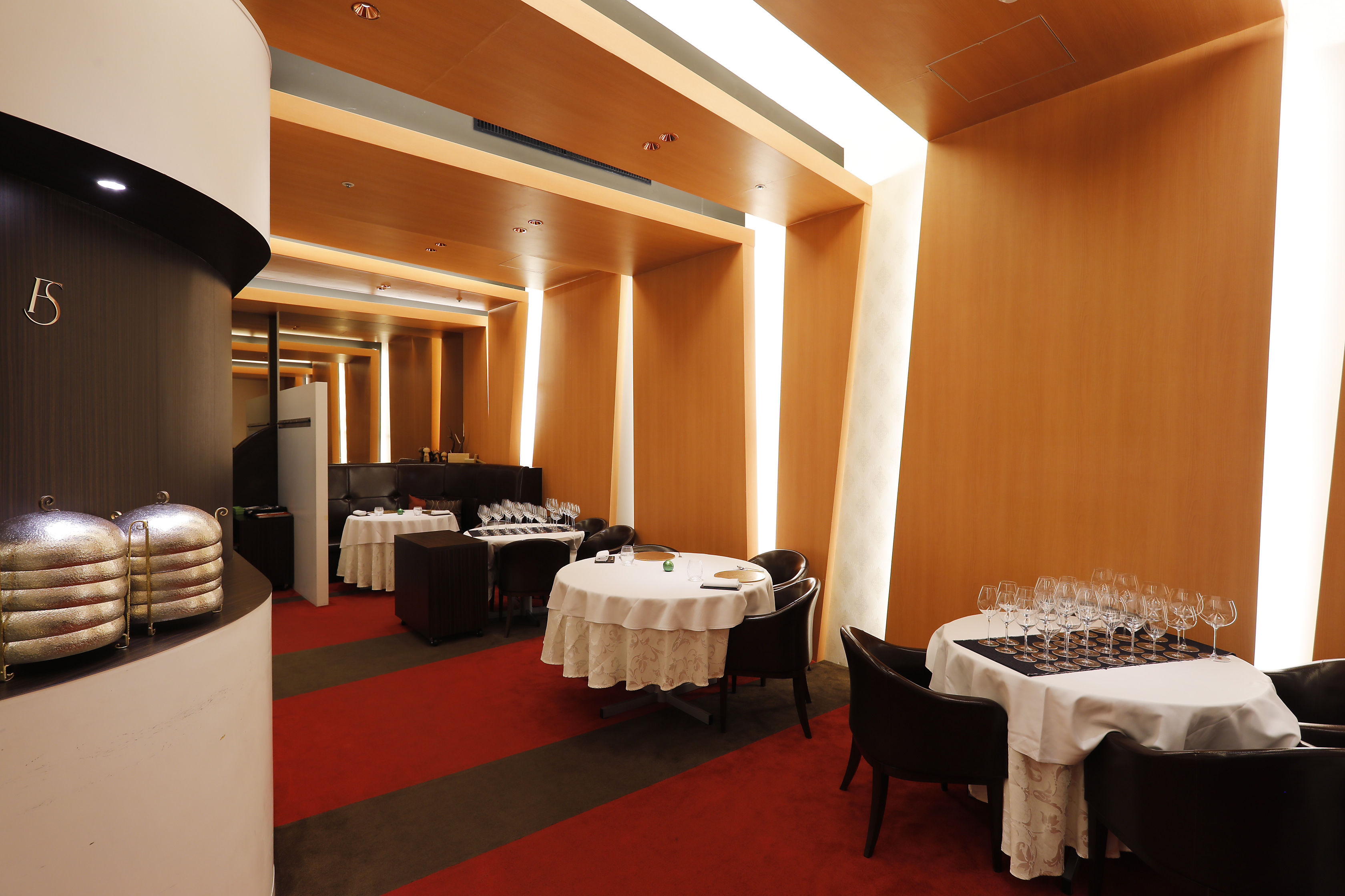 Restaurant La FinS(レストラン ラ フィネス)内観