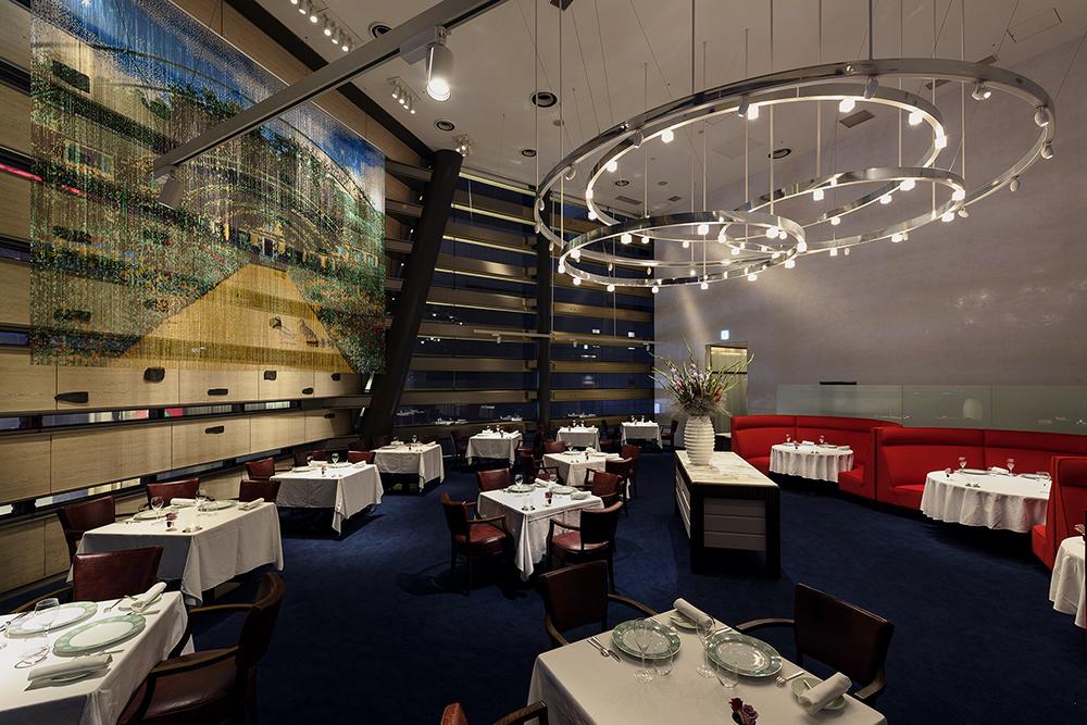 レストラン タテル ヨシノ 銀座 内観