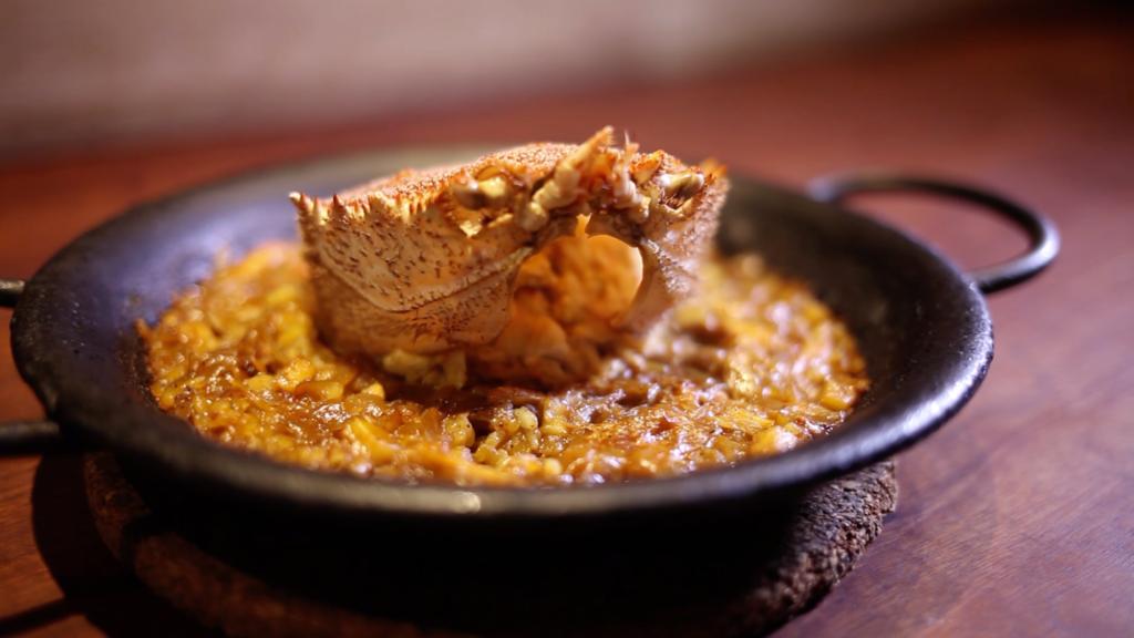 Horsehair crab paella │ Spanish Cuisine aca 1°