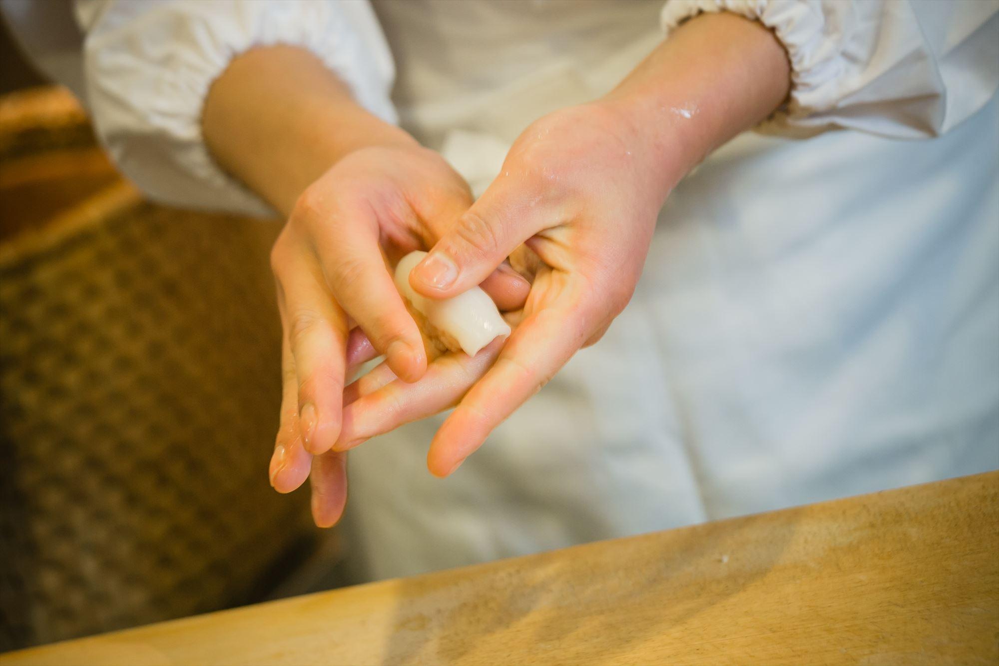 寿司 仕込み・握り|鮨 ほしやま