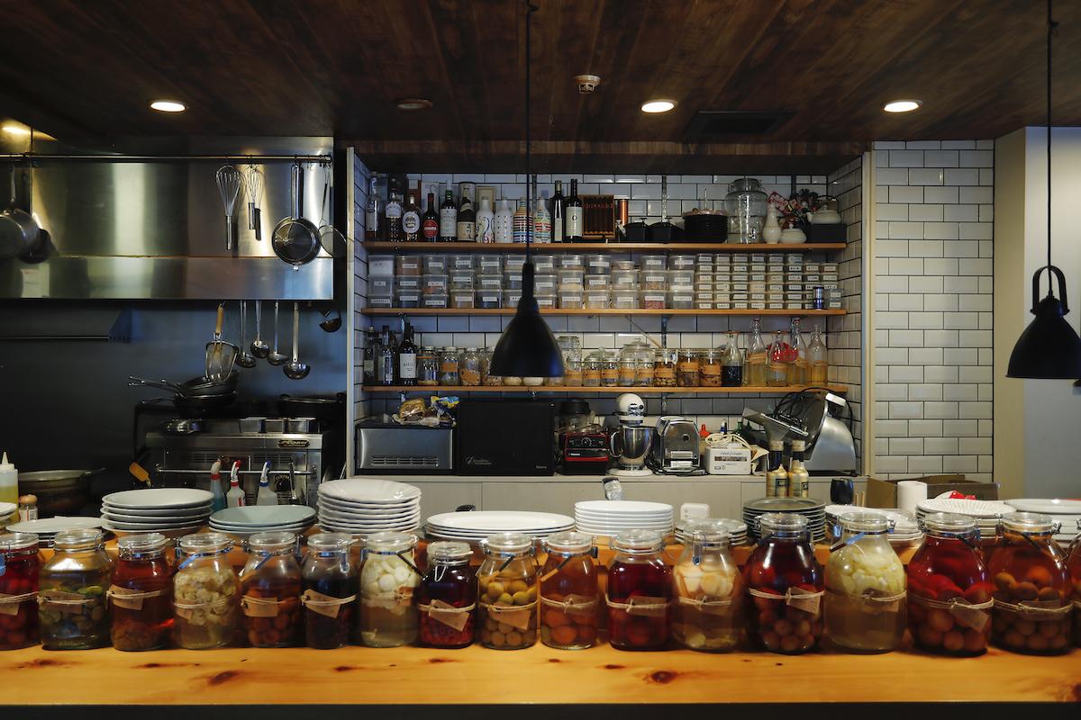 CLISPの店内と手作り果実酒