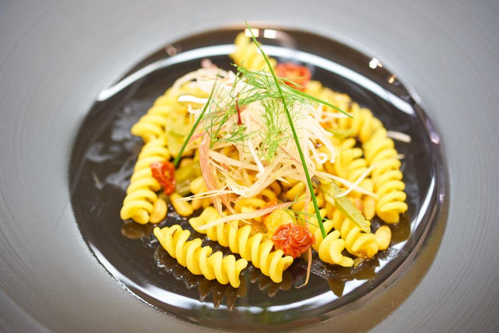 Pasta con i sugarelli(東京湾の金アジとフェンネルのパスタ)