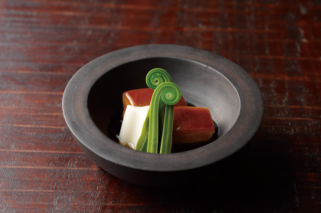 Okinawa Kaiseki cuisine Akasaka Tantei cuisine